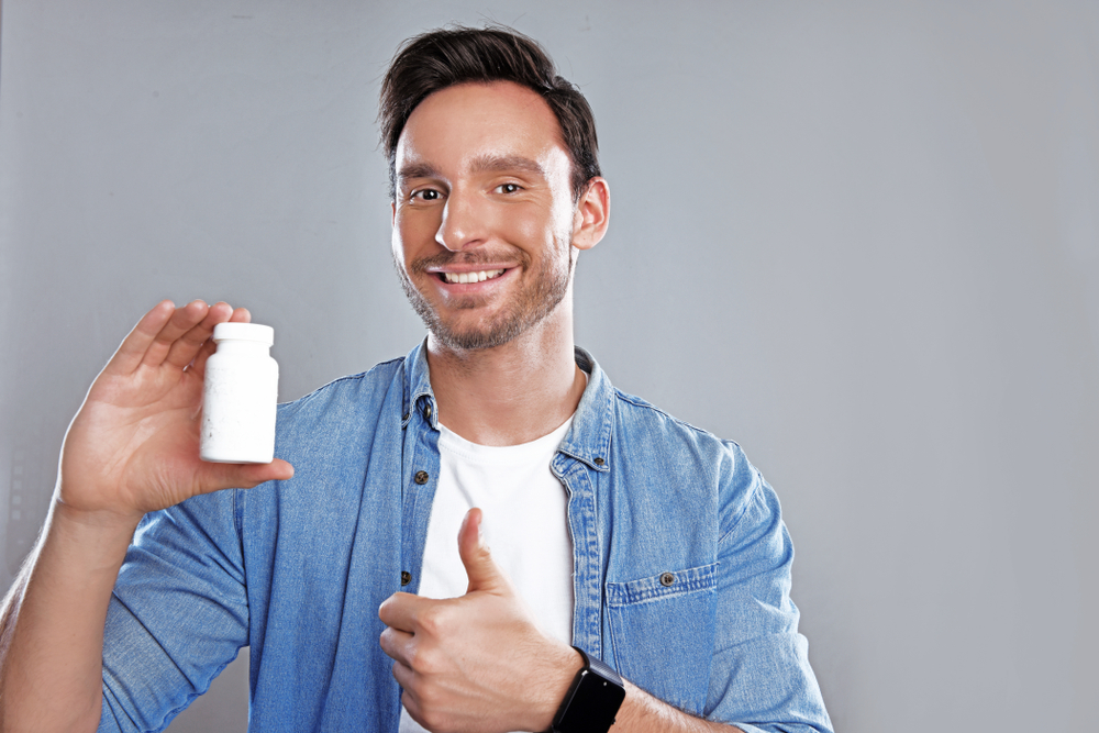 thumbs up for male sex enhancement supplement