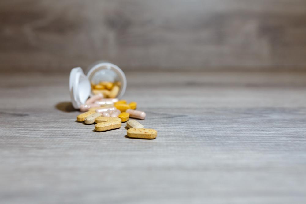 various supplement caplets