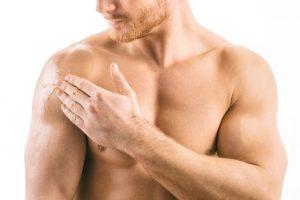 applying testosterone gel