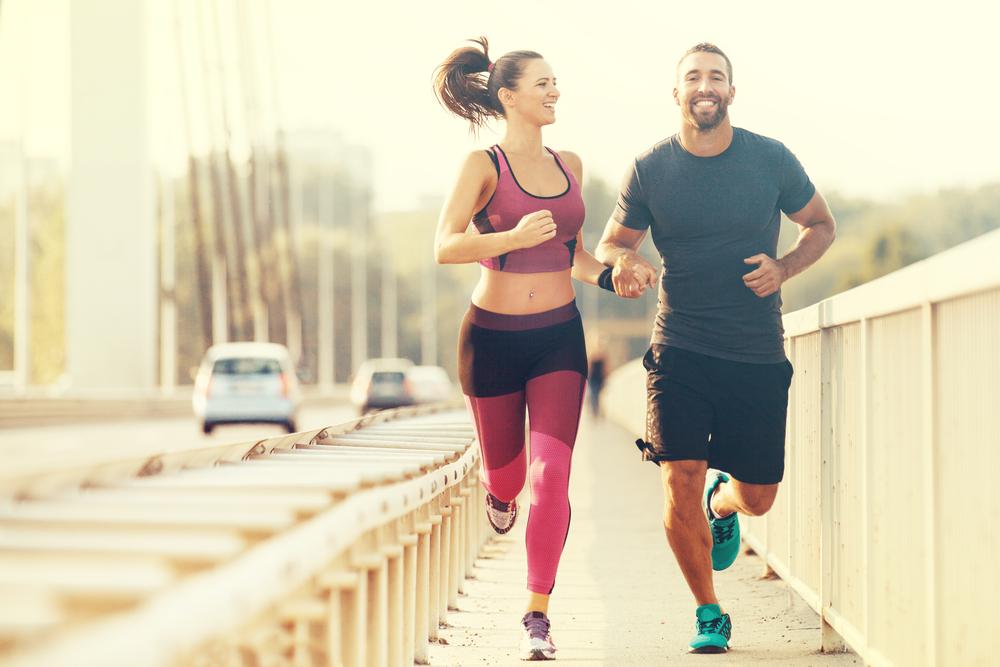 couple sharing a morning run
