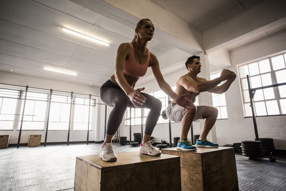 HIIT crossfit box jumps